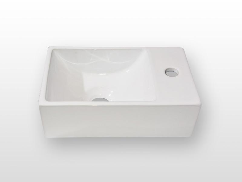 Toiletfontein van beton_Productfoto_model_keramiek